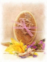 'Lavender & Oatmeal' Glycerin and Goat's Milk Soap - Product Image